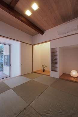 asian Bedroom by アトリエ スピノザ