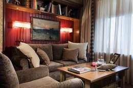 Salas / recibidores de estilo  por Petr Kozeykin Designs LLC, 'PS Pierreswatch'