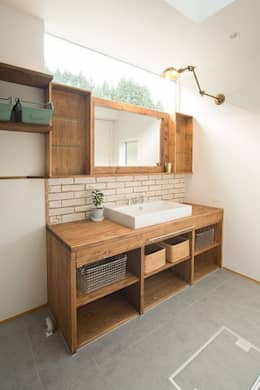 タイラ ヤスヒロ建築設計事務所/taira yasuhiro architect & associates의  욕실