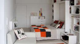 Cama rebatible: Dormitorios de estilo minimalista por MINBAI