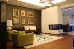 Salas de estilo moderno por Giuseppe Rappa & Angelo M. Castiglione
