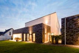 minimalistic Houses by Architektur Jansen