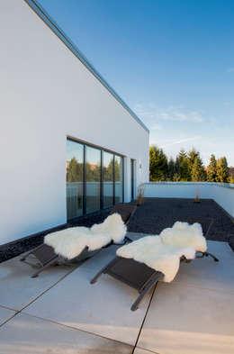 minimalistische Spa door Architektur Jansen