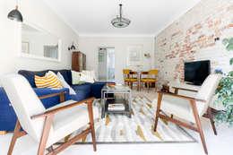 Sentymentalne mieszkanie na Muranowie: styl , w kategorii Salon zaprojektowany przez Dagmara Zawadzka Architektura Wnętrz