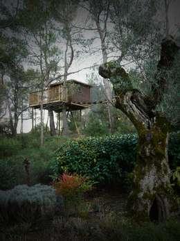Une cabane a Aix en Provence: Jardin de style de style Méditerranéen par Cabaneo