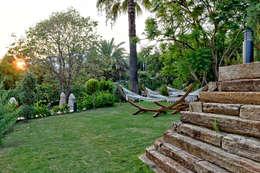 Nota Tasarım Peyzaj Mimarlığı Ofisi – Relax Havuz Alanı: akdeniz tarzı tarz Bahçe