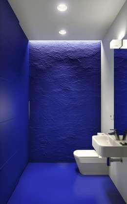 Воздух и цвет (2015): Ванные комнаты в . Автор – Aleksey Bereznyak