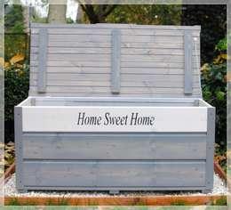 Drewniany kufer ogrodowy, skrzynia - Home Sweet Home: styl , w kategorii Ogród zaprojektowany przez MT WoOD