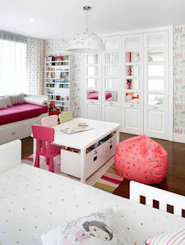 modern Nursery/kid's room by Esra Kazmirci Mimarlik