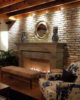 mediterranean Living room by InteriorEs Silvana McColgan