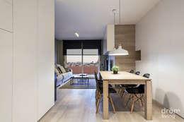 Salle à manger de style de style Classique par Dröm Living
