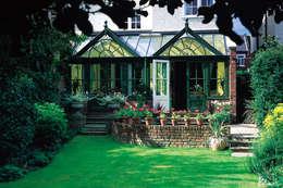 Jardines de invierno de estilo rústico por Westbury Garden Rooms