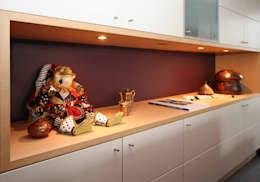warm design interieur: moderne Woonkamer door Sfeerontwerp