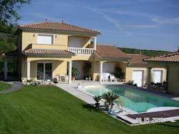 Projet maison avec piscine Lentilly: Maisons de style de style Moderne par Concept Creation
