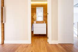 Projekty,  Łazienka zaprojektowane przez Tarimas de Autor