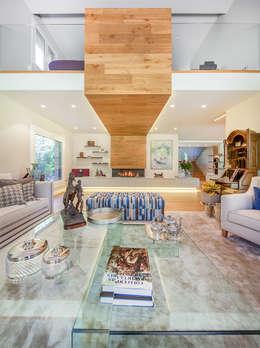 Ruang Keluarga by Tarimas de Autor