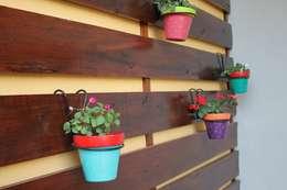 Jardin privado: Jardines de estilo moderno por LAS MARIAS casa & jardin