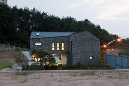 modern Houses by 리슈건축