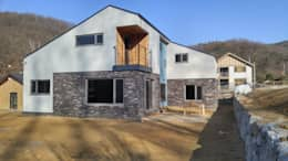modern Houses by 봄 하우스플랜
