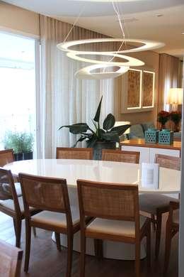 غرفة السفرة تنفيذ MeyerCortez arquitetura & design