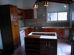 rustic Kitchen by Sql Amoblamientos de Cocina