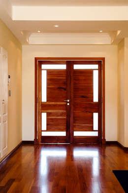 ห้องนั่งเล่น by Carbone Fernandez Arquitectos