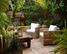 eclectic Garden by Antonio Martins Interior Design Inc
