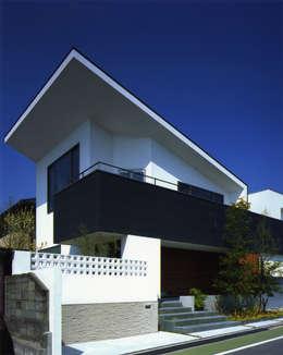 Projekty, nowoczesne Domy zaprojektowane przez Architect Show co.,Ltd