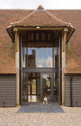 Projekty, nowoczesne Domy zaprojektowane przez Lee Evans Partnership