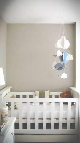 DECORACION - Cuarto para bebé: Dormitorios infantiles de estilo clásico por PLATZ