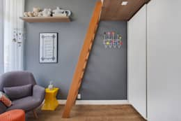 modern Nursery/kid's room by Carolina Mendonça Projetos de Arquitetura e Interiores LTDA