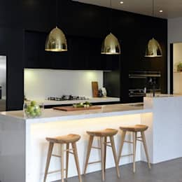 modern Kitchen by Kansei Cocinas