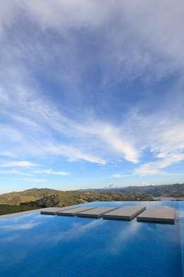 Casas de estilo minimalista por LIGHTEN