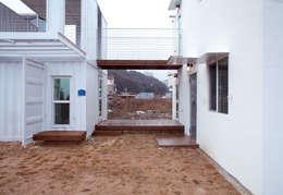 해원이네 : AAPA건축사사무소의  베란다