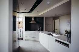 modern Kitchen by 샐러드보울 디자인 스튜디오