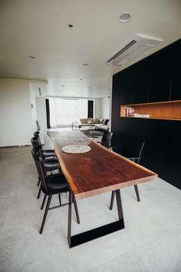 Столовые комнаты в . Автор – 샐러드보울 디자인 스튜디오