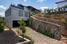 Casas de estilo rural por BURO ARQUITECTURA