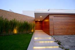 Casas de estilo moderno por Cabral Arquitetura Ltda.