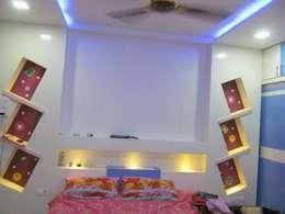 Mr.M Residential Flat: modern Bedroom by DESIGNER GALAXY