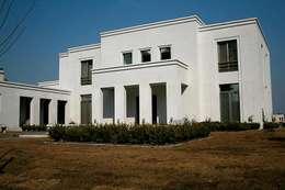 Casa Byrnes: Casas de estilo moderno por Aulet & Yaregui Arquitectos