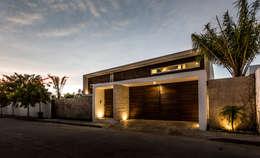 Casas de estilo moderno por P11 ARQUITECTOS