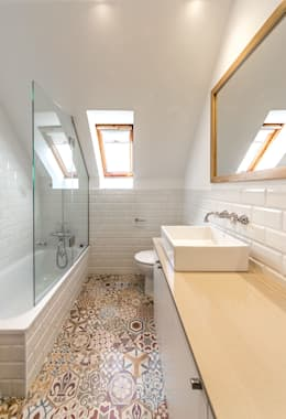 modern Bathroom by 08023 Architects