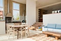 RESIDENCIA CAMPO 2: Salas de jantar modernas por Martins Valente Arquitetura e Interiores