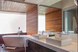 حمام تنفيذ Hansi Arquitectura