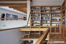 Estudios y oficinas de estilo moderno por MARIANGEL COGHLAN
