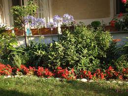 Jardines de estilo mediterraneo por konseptDE Peyzaj Fidancılık Tic. Ltd. Şti.