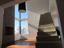 Vivienda La Estanzuela: Livings de estilo moderno por Arquitectos Positivos