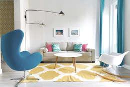 Salas de estar modernas por StudioBMK