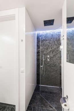 Ванные комнаты в . Автор – Michał Młynarczyk Fotograf Wnętrz
