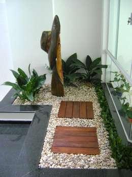modern Conservatory by MC3 Arquitetura . Paisagismo . Interiores